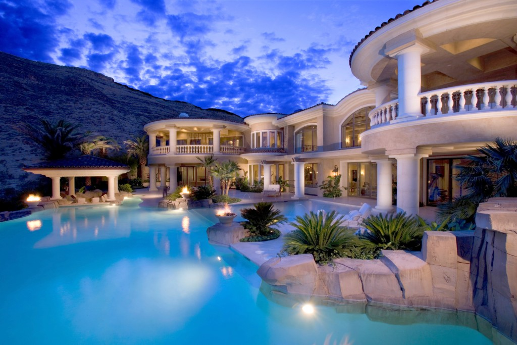 million-dollar-luxury-home